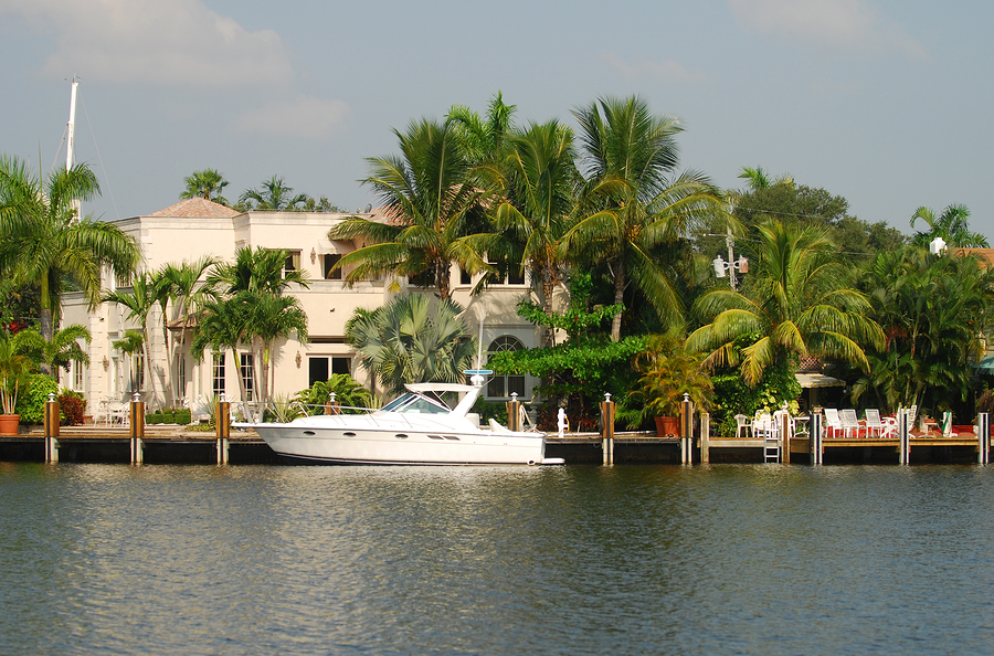 Intracoastal waterway tour in Florida